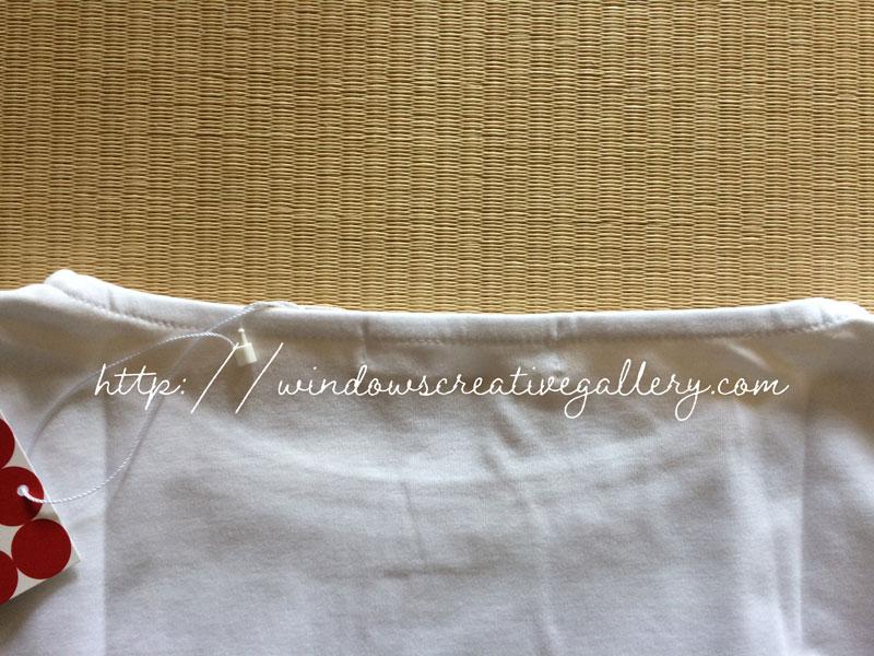 ドゥクラッセTシャツの後ろ側の襟